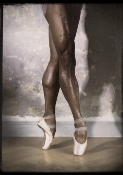 Ballet photography of an excellent pose releve